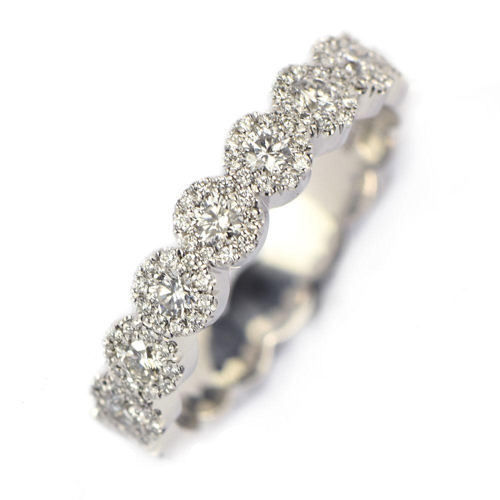 Elegant alliansring med 187 diamanter.